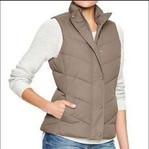 GAP Wamest Vest Puffer